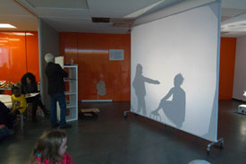 Kids drew shadow screen pictures